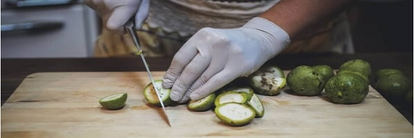 тинктура от зелени орехчета и ракия