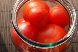 съхранение на домати за зимата без стерилизация и със спирт
